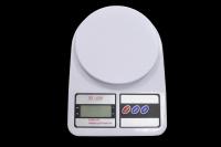 Весы кухонные  7 кг/1 гр SF-400
